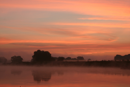 Picture no: 9428274 Morgenrot an der Elbe Created by: tdietrich