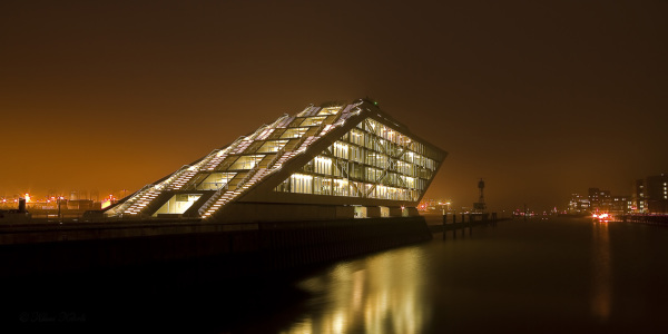 Picture no: 9463004 Dockland Hamburger Hafen Created by: Klaus Kehrls