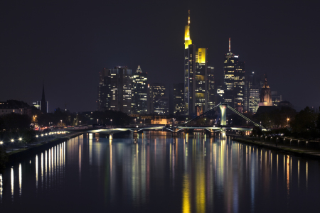 Picture no: 9507704 Mainhattan by night Created by: hoch2wo