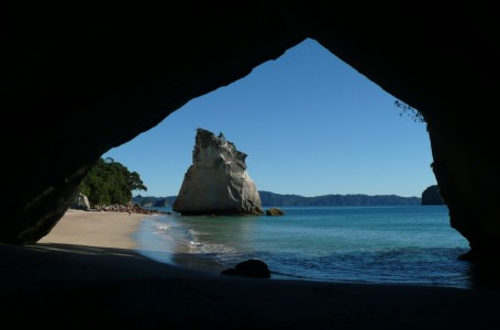 Picture no: 9587306 Cathedral cove Created by: csausbs
