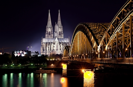 Picture no: 9855840 Köln Created by: aerolimit
