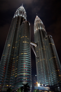 Picture no: 10018859 Twin Towers Created by: fotoping