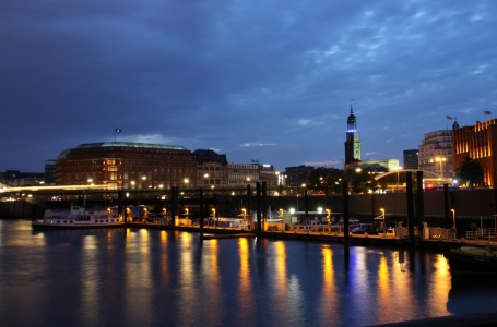 Picture no: 10044803 Hamburger Hafen Created by: Luckystar