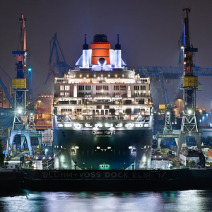 Picture no: 10074461 Hamburg Hafen *QM2* Created by: Licht-Werk