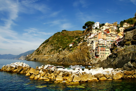 Picture no: 10257445 Cinque Terre Created by: fotoping