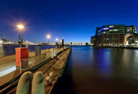 Picture no: 10272695 Hamburg - Hafen  Created by: Licht-Werk