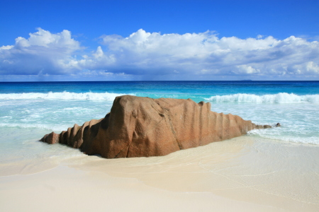 Picture no: 10369811 Petite Anse 3, La Digue, Seychellen Created by: stone12683