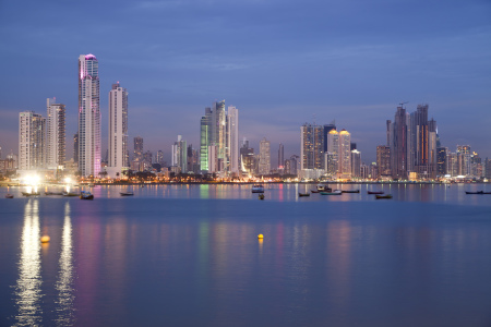 Picture no: 10373801 Skyline Panama Stadt Created by: connys-traumreisen