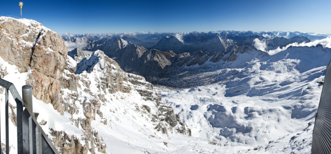 Picture no: 10427445 0021 - zugspitze Created by: danielboeswald