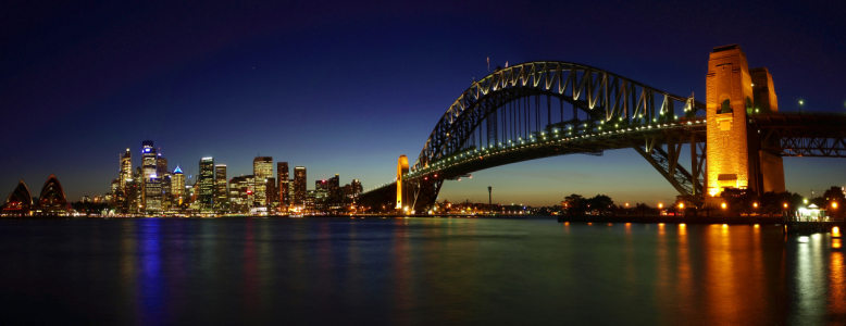 Picture no: 10486638 Sydney by Night Created by: Melanie Viola