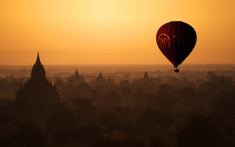 Picture no: 10658246 Balloon Over Bagan, Myanmar/Burma Created by: danielgiesenphotography