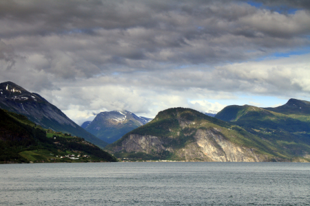 Picture no: 10722637 Ein Fjord Created by: Gerhard Albicker