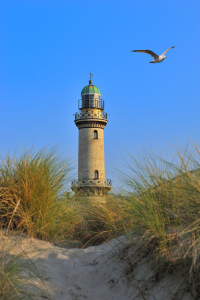 Picture no: 10728715 Warnemünde alter Leuchtturm Created by: FineArtImages