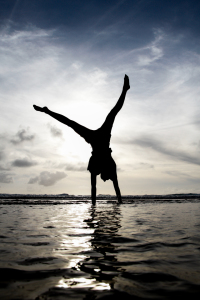 Picture no: 10738841 cartwheel Created by: emanoo