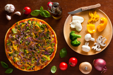 Picture no: 10763509 vegetarische Pizza Created by: Christian Draghici