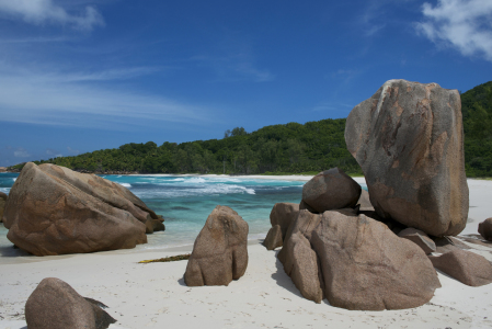 Picture no: 10780261 Kalksteinfelsen am Anse Coco Strand, Seychellen Created by: danielgiesenphotography