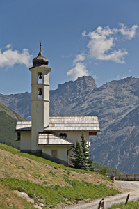 Picture no: 10792189 Bergkirche in Livigno Created by: EderHans