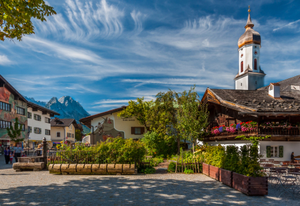 Picture no: 10837851 Mohrenplatz in Garmisch Created by: Erhard Hess