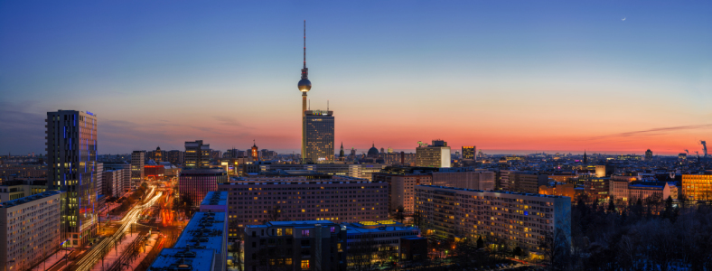 Picture no: 10871646 Skyline Berlin Feurig Scharf  Created by: Jean Claude Castor