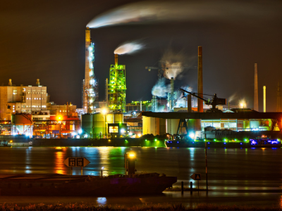 Picture no: 10952087 Fabrik im Duisburger Hafen Created by: Daniel Heine