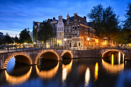 Picture no: 11005348 Nacht in Amsterdam Created by: Mapics