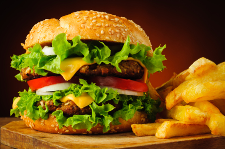 Picture no: 11040027 Hamburger und Pommes Created by: Christian Draghici