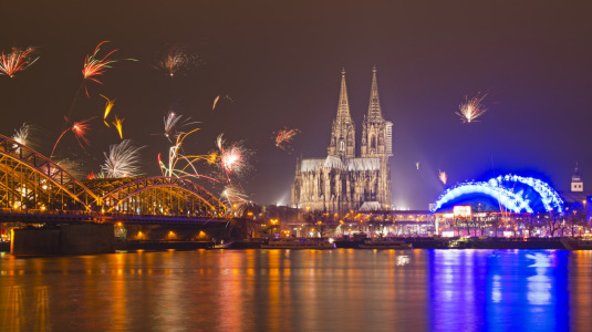 Picture no: 11143434 Silvester in Kölle Created by: Walter G. Allgöwer