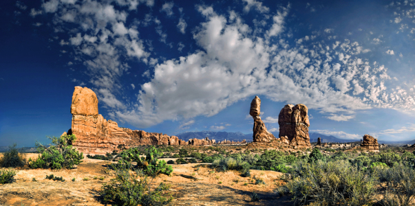 Picture no: 11200224 Balanced Rock - Arches NP Created by: Michael Rucker