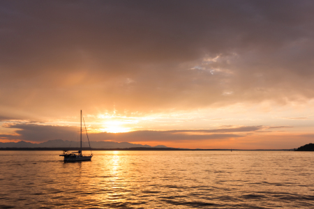 Picture no: 11233426 Sunset Sailing Created by: TomKli