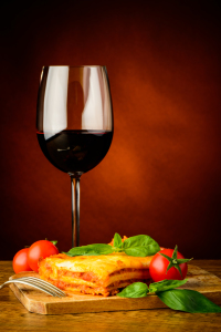 Picture no: 11235312 Lasagne und Rotwein Created by: Christian Draghici