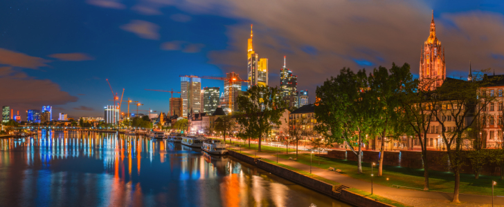 Picture no: 11239470 Frankfurt am Main - Skyline  Created by: Jean Claude Castor