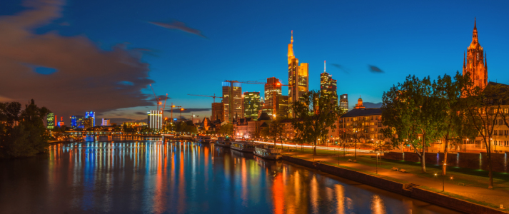 Picture no: 11239476 Frankfurt am Main - Skyline  Created by: Jean Claude Castor