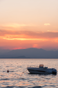 Picture no: 11255122 Boat at sunset Lago di Garda Created by: TomKli