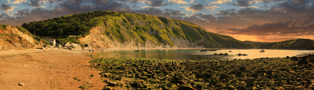 Picture no: 11302592 Lulworth Cove Sunset Created by: SusaZoom