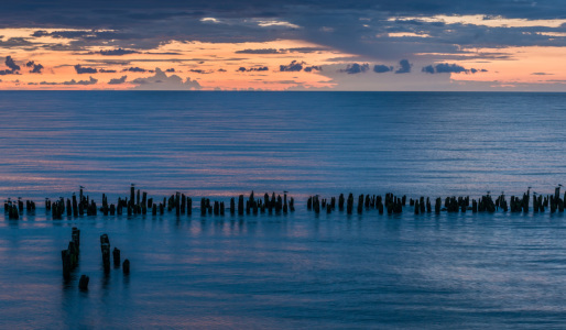 Picture no: 11316070 Buhnen in der Ostsee im Sonnenuntergang Created by: orxy
