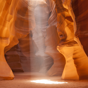 Picture no: 11329763 Antelope Canyon – Einzigartiger Lichtstrahl Created by: Melanie Viola