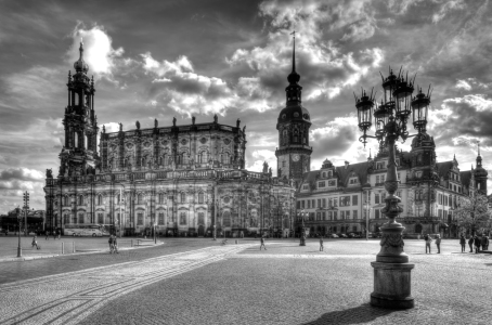 Picture no: 11377717 Dresden Theaterplatz Created by: Steffen Gierok