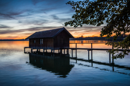 Picture no: 11446414 Das Bootshaus bei Sonnenuntergang Created by: hannes cmarits