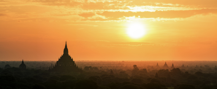 Picture no: 11479654 Myanmar - Bagan Sunrise Panorama Created by: Jean Claude Castor