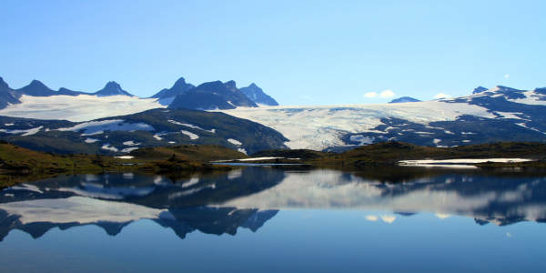 Picture no: 11497014 Bergsee in Jotunheimen Created by: Gerhard Albicker