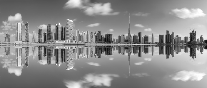 Picture no: 11539958 Dubai - Business Bay Reflections Schwarz Weiss Created by: Jean Claude Castor