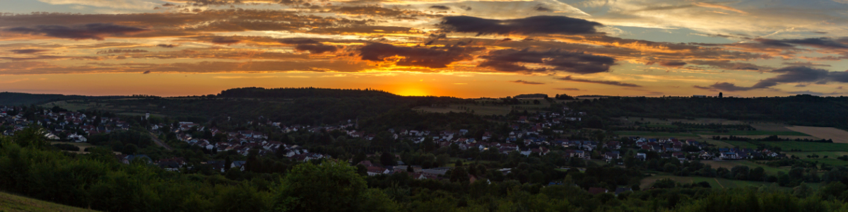 Picture no: 11541468 Hemmersdorf - Sunsetpanorama Created by: Peter Jungmann