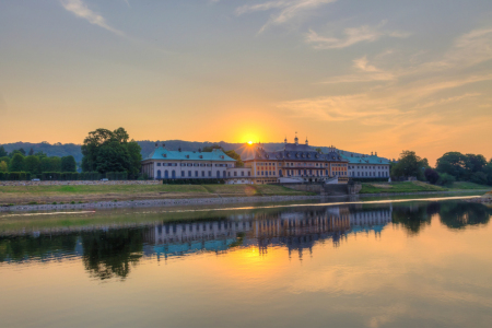Picture no: 11560548 Sonnenaufgang Pillnitz Created by: Matthias Neumann