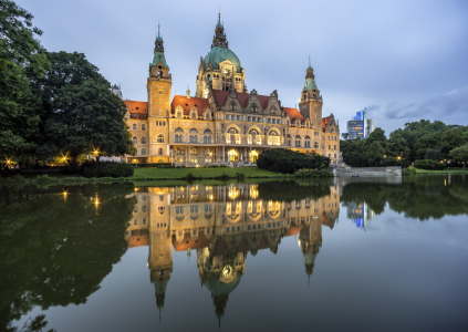 Picture no: 11567432 Neues Rathaus Hannover am Abend Created by: panoramarx-de