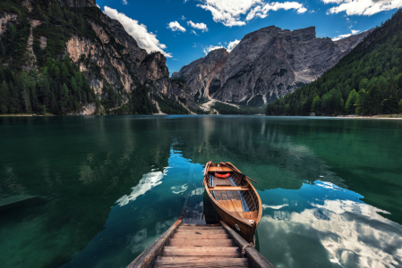 Picture no: 11578500 Dolomiten - Pragser Wildsee Created by: Jean Claude Castor