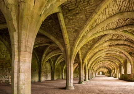 Picture no: 11598322 Fountains Abbey, North Yorkshire, England Created by: orxy