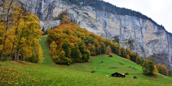 Picture no: 11599906 Herbst im Tal Created by: Bettina Schnittert