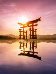 Picture no: 11773626 Torii in Miyajima Japan Created by: eyetronic
