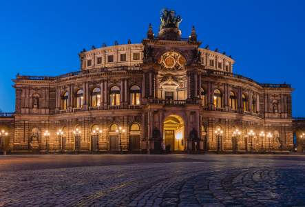 Picture no: 11782556 Semperoper Dresden Created by: mije-shots