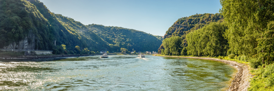 Picture no: 11822435 Einfahrt zur Loreley Panorama 1 Created by: Erhard Hess